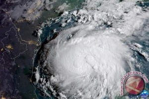Alasan Badai Dinamai Harvey, Irma, Jose
