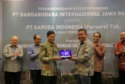 PT BIJB-Garuda Indonesia Jalin Kerja Sama