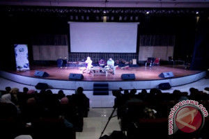 Pesta Sastra Sunda Hadir Untuk Memasyarakatkan Sastra