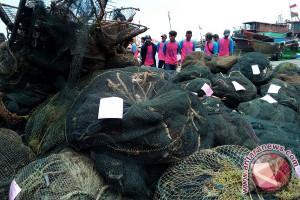KKP Ganti 739 Alat Tangkap Nelayan Jabar