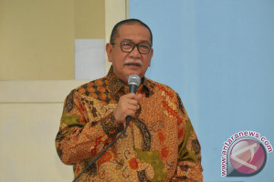 Deddy Mizwar Terima SK Dukungan PAN-Demokrat-PKS November