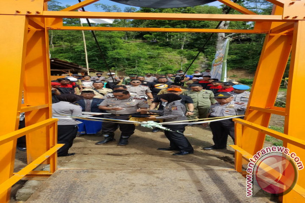 Jembatan Bhayangkara Membentang di Dua Kecamatan Cianjur