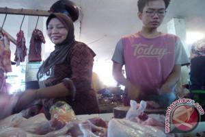 Polres Cianjur panggil peternak-distributor daging ayam