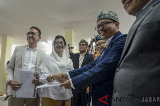 Nurul dan Rully Mendaftar Ke KPU Kota Bandung
