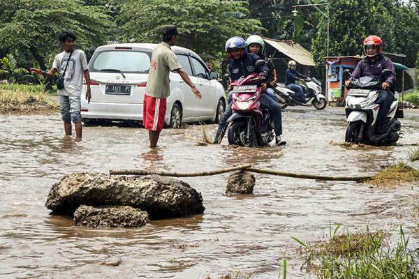 Polisi: jalan rusak di Garut memicu kecelakaan