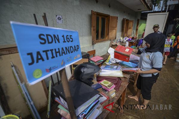 Sekolah Terdampak Banjir Bandang