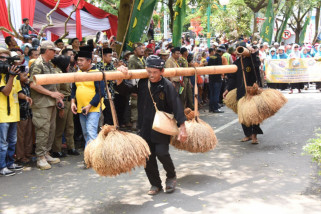 Ribuan warga antusias saksikan Pawai Taaruf MTQ XXXV Jabar