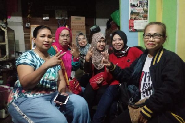 Ineu Purwadewi kunjungi warga korban kebakaran Kota Bandung
