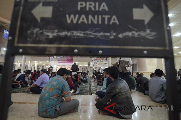 Toleransi jadi tema Ramadhan Masjid Agung Bandung