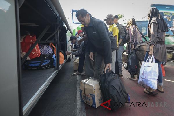 Lonjakan penumpang di Terminal Cicaheum diprediksi Minggu