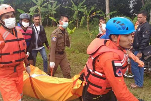 Basarnas temukan korban tenggelam di Sungai Ciwulan