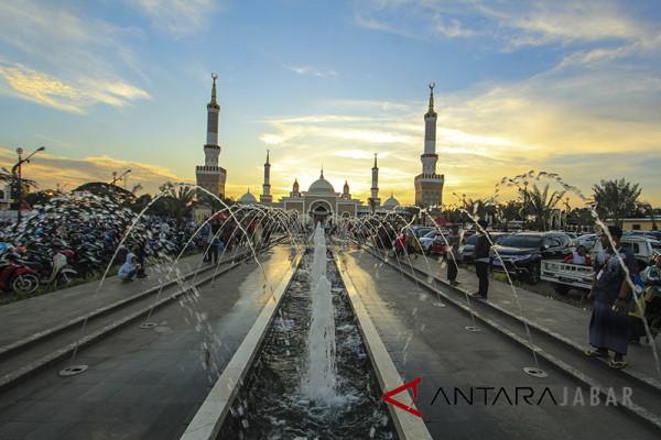 Ikon wisata Religi