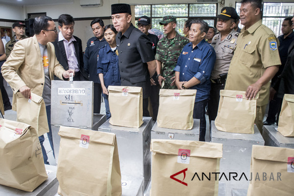 Persiapan logistik Pilkada Jabar