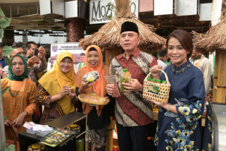 M Iriawan minta kabupatenkota optimalkan ekspor IKM