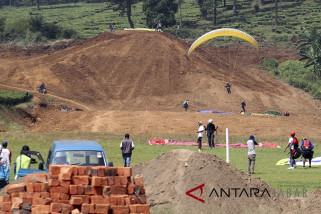 Pembangunan sarana pendukung venue Paralayang Asian Games