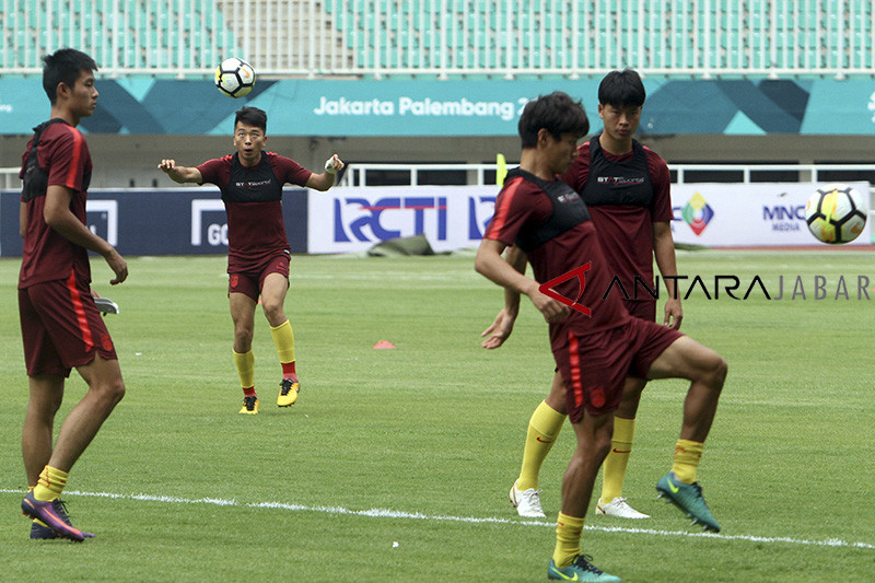 Latihan Timnas China U-19