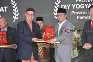 Provinsi Jawa Barat Raih Platinum Sektor Infrastruktur