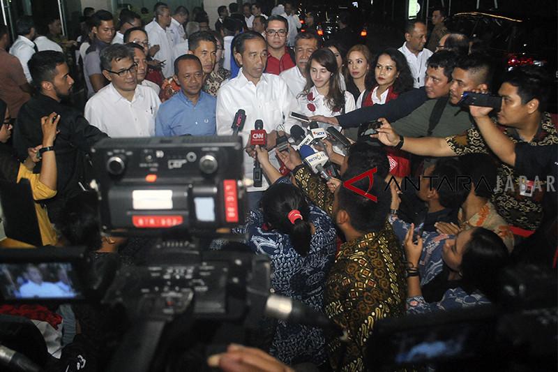 Joko Widodo bertemu Tim Kampanye Nasional