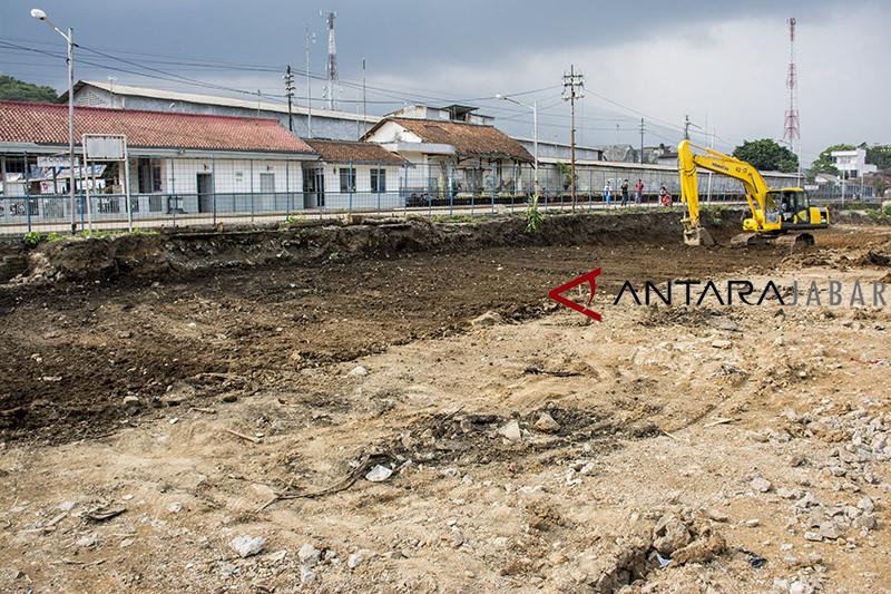 Pembangunan jalur rel ganda Sukabumi