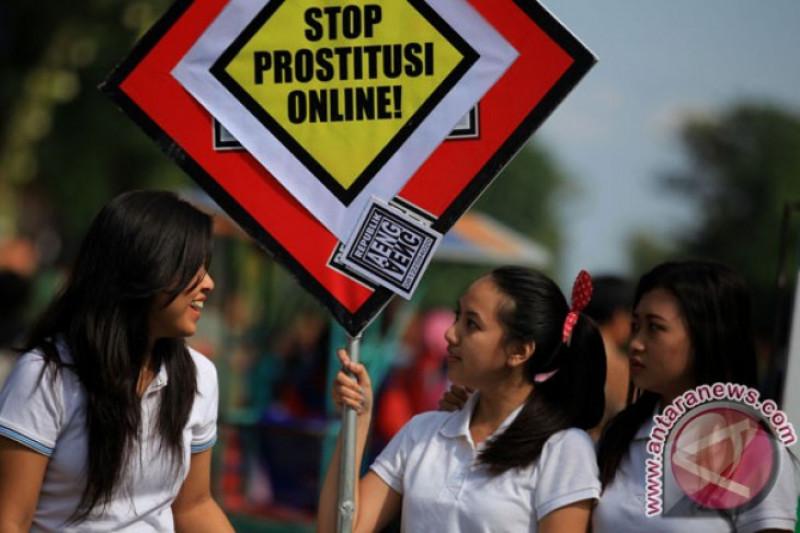 Polres Cirebon ungkap kasus prostitusi daring