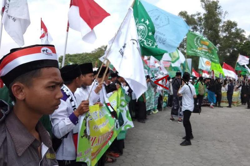 Ribuan santri peringati Hari Santri di Tasikmalaya