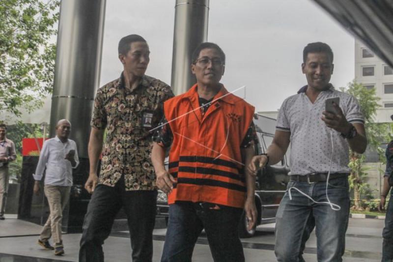 KPK panggil 6 saksi kasus Bupati Cirebon non-aktif