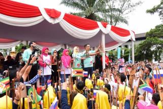 5.000 orang rayakan angklungs day 2018
