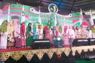 Para ustazah JKSN Jabar deklarasi dukung Jokowi-Maruf