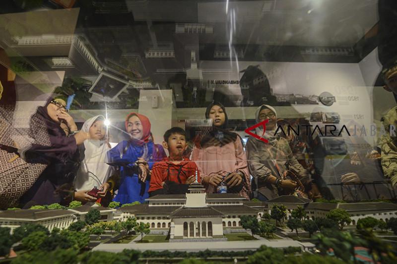 Wisata museum Gedung Sate