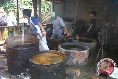 Limbah batik di Kulon Progo, mencemari lingkungan. Dampaknya, beberapa ...