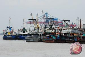 Pelabuhan Kelas III Telok Melano Awasi Ketat Kapal Melintas