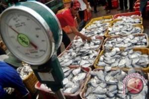 Kalbar Komitmen Dukung Industrialisasi Perikanan Tangkap