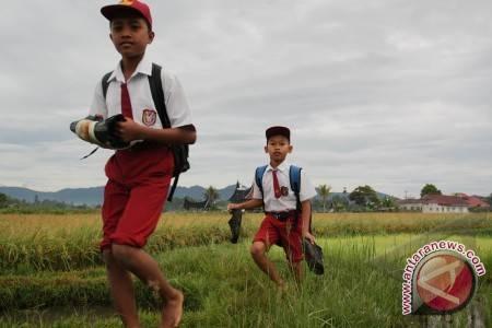 Anak SD di kabupaten pedalaman. (Foto ilustrasi)