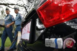 Wapres: Kembangkan Mobil Hibrid CC Rendah
