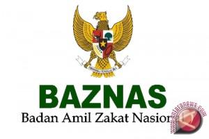 Baznas Singkawang Berikan Santunan 300 Fakir Miskin