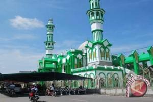Khatib : Kehidupan Sosial Kemanusiaan Umat Islam Terpecah