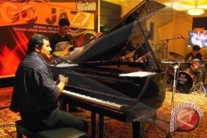 Idang : Kenalkan Jazz Dari Kampung Ke Kampung