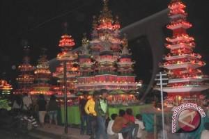Ritual 'Tabot Besanding' Ramai Disaksikan Warga Bengkulu