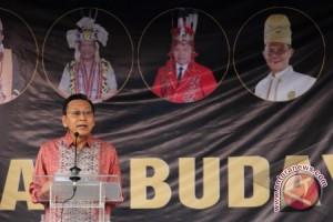 Wapres Buka Pekan Budaya Dayak 2013