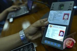 Warga Perbatasan Indonesia - Malaysia Miliki KTP Ganda