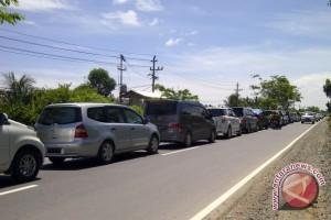 Perbaikan Dua Jembatan Akibatkan Lalu Lintas Macet 2 Jam