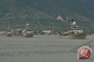 Parade Kapal Perang Meriahkan Hari Nusantara