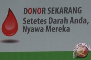 Persit KCK Kumpulkan 60 Kantong Darah
