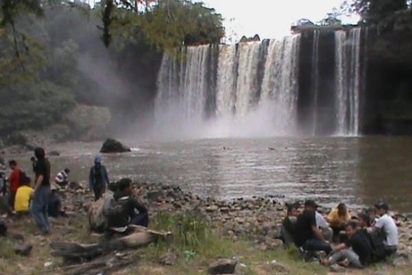 Air terjun Banangar
