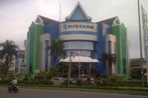 Bank Kalbar Bagikan 100 Kartu Flazz