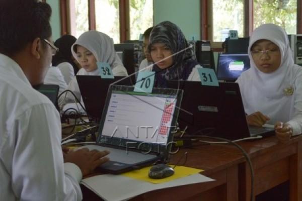 Peserta Tes Cpns Keluhkan Sulitnya Tes Karakteristik Pribadi Antara News Kalbar Antara News