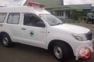 Bupati Ketapang Serahkan Bantuan 3 Mobil Operasional