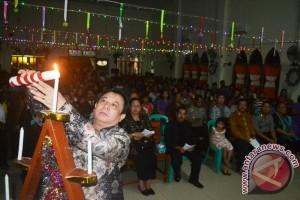Bupati Sekadau dan Jemaat Kristen Hadiri Natal Bamag