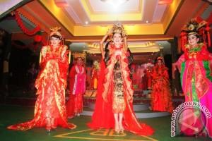 "14 Peserta Ikut Pemilihan ""Miss Shanghai"" Ke-10"