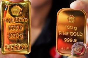 Emas Turun Tajam Karena Ekulitas Global Tinggi